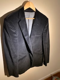 Black notch lapel suit jacket, Size 42 good condition . Woodbridge, 22193