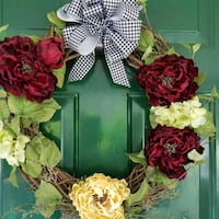 Wreath- Full of flowers and houndstooth bow! Odenville, 35120