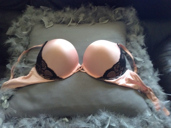 687d183939 Used Victoria s Secret Bombshell Bra 34 C- pink with lace for sale in Bay  Shore - letgo