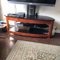 Selling tv stand in a v good condition  Vaughan, L6A 1R2