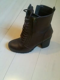 Chocolate brown boots Brampton