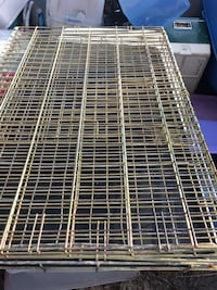 Pet cage with Trey heavy duty only 60 Firm