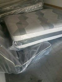 white and gray mattress pack Manassas, 20109