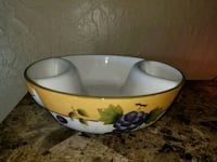 white and yellow floral ceramic bowl Amarillo, 79104