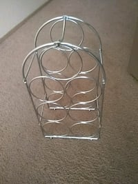white metal wine bottle rack Sparks, 89431