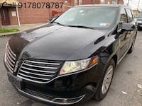 Lincoln-MKT Town Car-2017