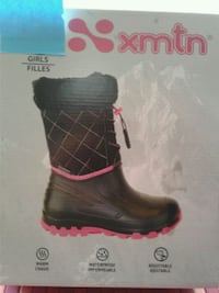 Xmtn snow shoes for girls size  (11) kids