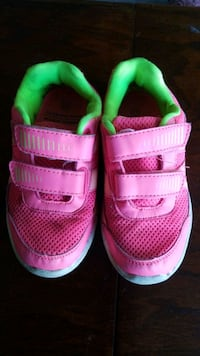 Kids size 11 running shoes  Kitchener