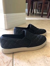 Ladies Steve Madden Size 7.5 Slip On Indialantic, 32903
