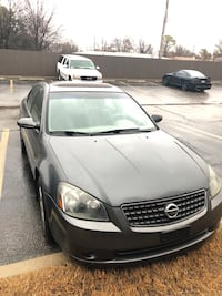 2005 Nissan Altima 2.5 S with SL Package