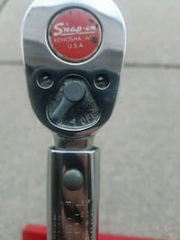 Snap on 1/2 torque wrench  Taylor, 48180