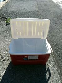 "Igloo Cooler / Ice Chest ""CLEAN"" 76 Cans, 48 Qts. Allentown, 18104"