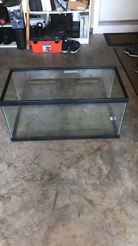 40 gallon  breeder fish tank. Gaithersburg
