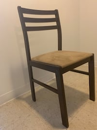 Dining Set: Table & Chairs New York, 10019