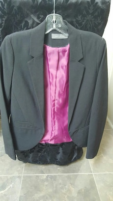 men's gray and pink formal suit