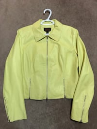 Like new Danier Leather Jacket Vaughan, L4K 3Z9