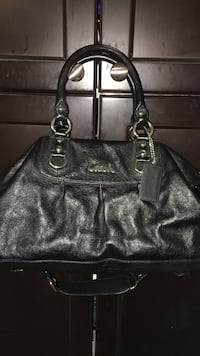Coach Bag- great condition! Shoulder or arm bag   Toronto, M6N 4V5