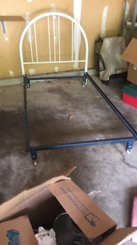 Bed Frame Bowie, 20720