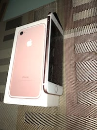 iPhone 7 Unlock Ready to Connect With Any Company 128 GB Kenner, 70062