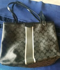 Coach purse McLean, 22102