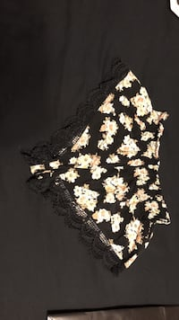 black and white floral mini shorts Gulf Shores, 36542