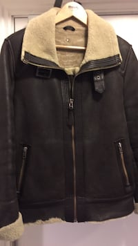 Authentic Mackage shearling jacket almost never worn . Toronto, M3H 5V5