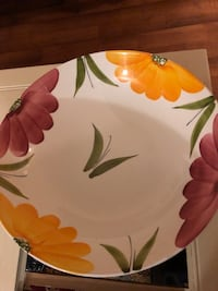 Floral bowl and platter Red Bank, 07701