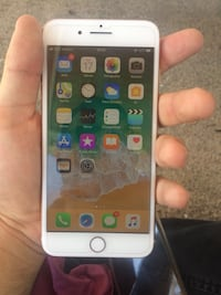 iPhone 8 plus gold 64 gb  Çanakkale