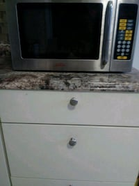 white and black microwave oven Suitland-Silver Hill, 20746
