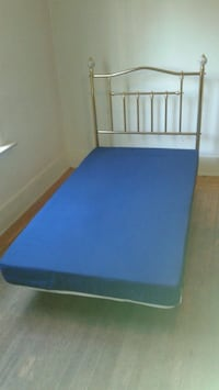 Twin bed Vancouver, V6K 1X8