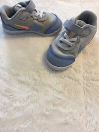 Toddler Nike's size 8 Saint Peters, 63376