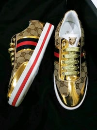 Women Gucci Ace Sneakers size 7/7.5 32 km