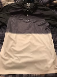 gray, black, and white polo shirt