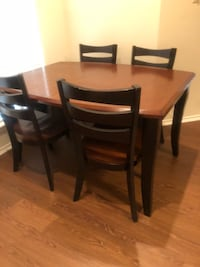 Comes with 6 chairs, and a middle piece for extension San Antonio, 78259