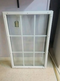 9/10 condition glass door insert  Brampton, L6V 3C5