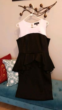 Black and White Plus Size Peplum Dress, size 14 Noblesville, 46062