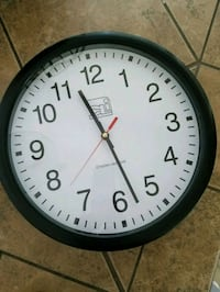 round black and white analog wall clock District Heights, 20747