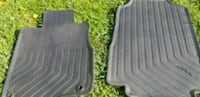 two gray car floor mats Sterling, 20166