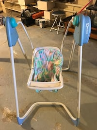 used baby swing for sale in naugatuck letgo. Black Bedroom Furniture Sets. Home Design Ideas