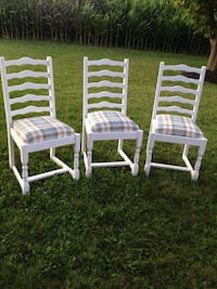 Beautiful Antique Set of 4 Dining Chairs