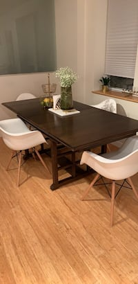 Solid Wood Dining Room Table Toronto, M5R 3E9