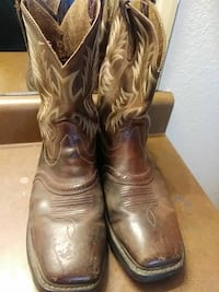 pair of brown leather cowboy boots San Antonio, 78251