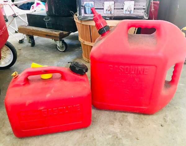 Plastic Gas Cans >> 2 Plastic Gas Cans
