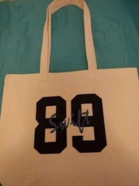 Taylor Swift tote bag Tukwila, 98168