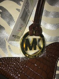 Micheal Kors XL Tote Real Leather Surrey, V3W 5J6