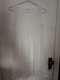Lacy White Dress Winnipeg, R3G 1X9