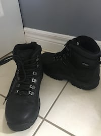 Men's Timberlands size 7US