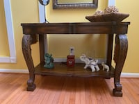 Foyer Table Suitland, 20746