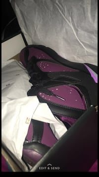 Mulberry Jordan 7s. ILL TRADE Salem, 01970