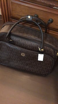 black and gray Michael Kors monogram leather tote bag Brampton, L6Y 3R5